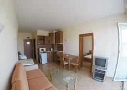 Дешевая двухкомнатная квартира на продажу. Фото 1