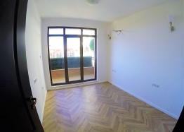Двухкомнатная квартира в комплексе Романс Париж, Святой Влас. Фото 5