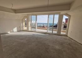 Трехкомнатная квартира с видом на море в Сарафово. Фото 3