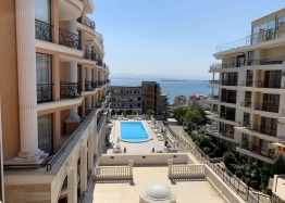 Трехкомнатная квартира с видом на море в новом элитном комплексе. Фото 25