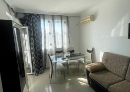 Новая красивая трехкомнатная квартира в жилом доме в центре Равды. Фото 8