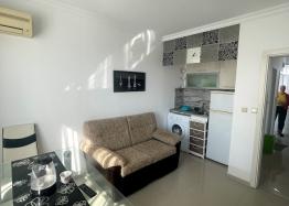Новая красивая трехкомнатная квартира в жилом доме в центре Равды. Фото 10