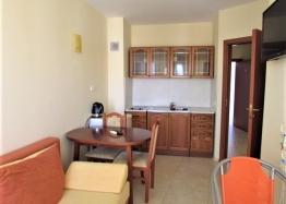 Хорошая двухкомнатная квартира на Солнечном берегу . Фото 1