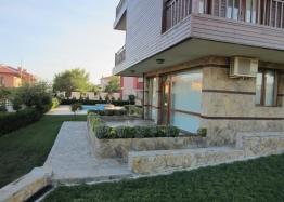 Трехэтажные дома на продажу недалеко от моря. Фото 3