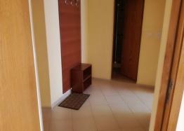 Трёхкомнатная меблированная квартира на Солнечном берегу. Фото 10