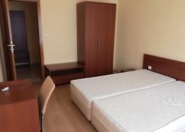 Трёхкомнатная меблированная квартира на Солнечном берегу. Фото 7