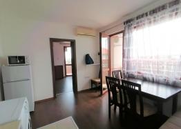 Недорогая двухкомнатная квартира в Равде. Фото 4
