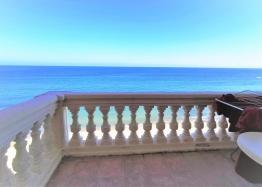 Студия с панорамным видом на море на первой линии. Фото 7