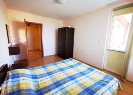 Двухкомнатная квартира с панорамным видом на море на первой линии. Фото 13