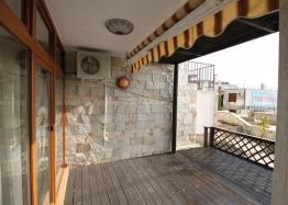 Шикарный двухкомнатный апартамент в Святом Власе на первой линии моря. Фото 11