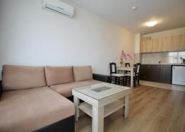 Хороший меблированный апартамент в Несебре . Фото 5