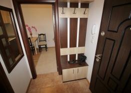 Хороший меблированный апартамент в Несебре . Фото 11