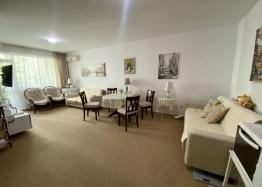 Двухкомнатный апартамент в комплексе люкс Адмирал. Фото 7