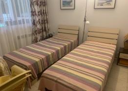 Недорогая квартира в курорте Солнечный Берег. Фото 4