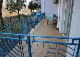 Недорогая двухкомнатная квартира в курорте Солнечный Берег. Фото 10