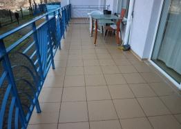 Недорогая двухкомнатная квартира в курорте Солнечный Берег. Фото 11