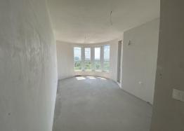 Новая трехкомнатная квартира с видом на озеро по супер-цене в элитном здании. Фото 2