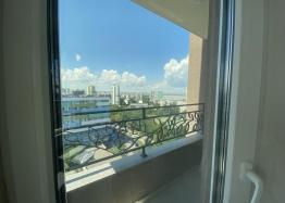 Новая трехкомнатная квартира с видом на озеро по супер-цене в элитном здании. Фото 21