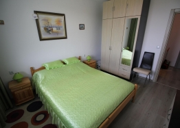 Двухкомнатная меблированная квартира в Бяле с видом на море. Фото 5
