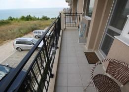 Двухкомнатная меблированная квартира в Бяле с видом на море. Фото 12