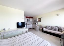 Купить недорогую студию на Солнечном Берегу без таксы поддержки. Фото 1