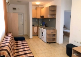 Трёхкомнатная квартира в Святом Власе по невероятной цене. Фото 2