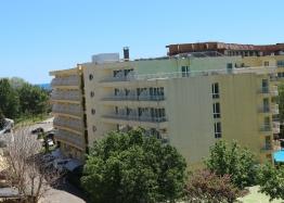 Купить недорого квартиру в курорте Солнечный Берег. Фото 7