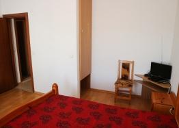 Купить недорого квартиру в курорте Солнечный Берег. Фото 13