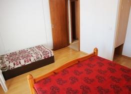 Купить недорого квартиру в курорте Солнечный Берег. Фото 14