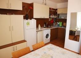 Квартира с двумя спальнями в комплексе Несебр Вью. Фото 9