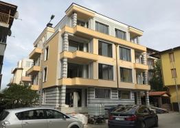 Новые квартиры в жилом доме в Несебре - для ПМЖ. Фото 1