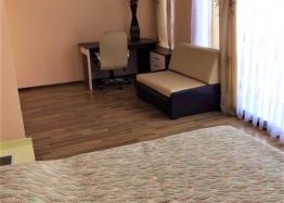 Трёхкомнатная меблированная квартира в Святом Власе на первой линии моря. Фото 6