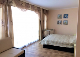 Трёхкомнатная меблированная квартира в Святом Власе на первой линии моря. Фото 8