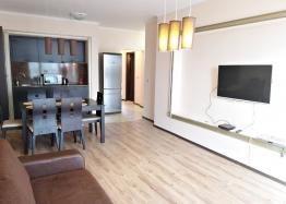 Трёхкомнатный меблированный апартамент на Солнечном берегу . Фото 2