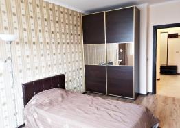 Трёхкомнатный меблированный апартамент на Солнечном берегу . Фото 9
