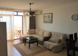 Двухкомнатный апартамент с видом на море в Святом Власе. Фото 3