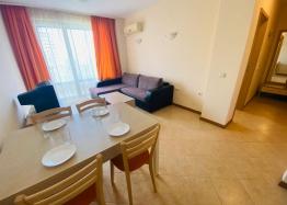 Отличная двухкомнатная квартира в комплексе Роял Сан. Фото 6