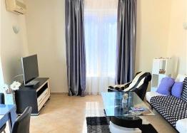 Красивая трехкомнатная квартира в отличном комплексе. Фото 2