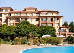 Двухкомнатная квартира с видом на море в большом семейном комплексе. Фото 1