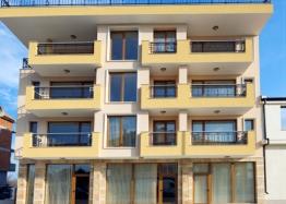 Студии и квартиры на продажу в Несебре. Фото 1