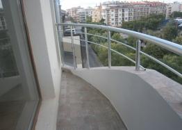 Недорогая двухкомнатная квартира в городе Поморие. Фото 6