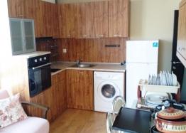 Квартира в жилом доме в Несебре. Фото 1