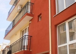 Двухкомнатная квартира недорого в Несебре - для ПМЖ. Фото 1