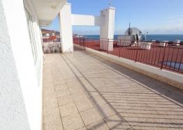 Квартира с великолепной панорамой на первой линии моря. Фото 9