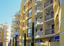 Двухкомнатная квартира в элитном комплексе на Солнечном берегу в Болгарии. Фото 1