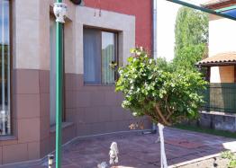 Большой самостоятельный дом с садом в центре села Оризаре. Фото 13