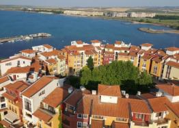 Трехкомнатная квартира с видом на море в комплексе на первой линии. Фото 14