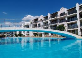 Двухкомнатная квартира с видом на море в красивом комплексе на первой линии. Фото 2