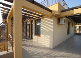 Трехкомнатная квартира с панорамной террасой в Святом Власе. Фото 6