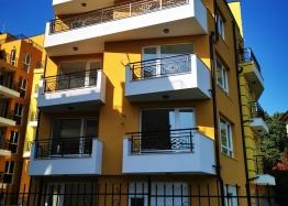 Трехкомнатная квартира с видом на море в Сарафово. Фото 2